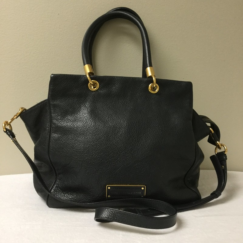 Marc by Marc Jacobs<br /> Shoulder Strap 2 Handle Tote<br /> Size Large<br /> Color Navy<br /> Price $89.00