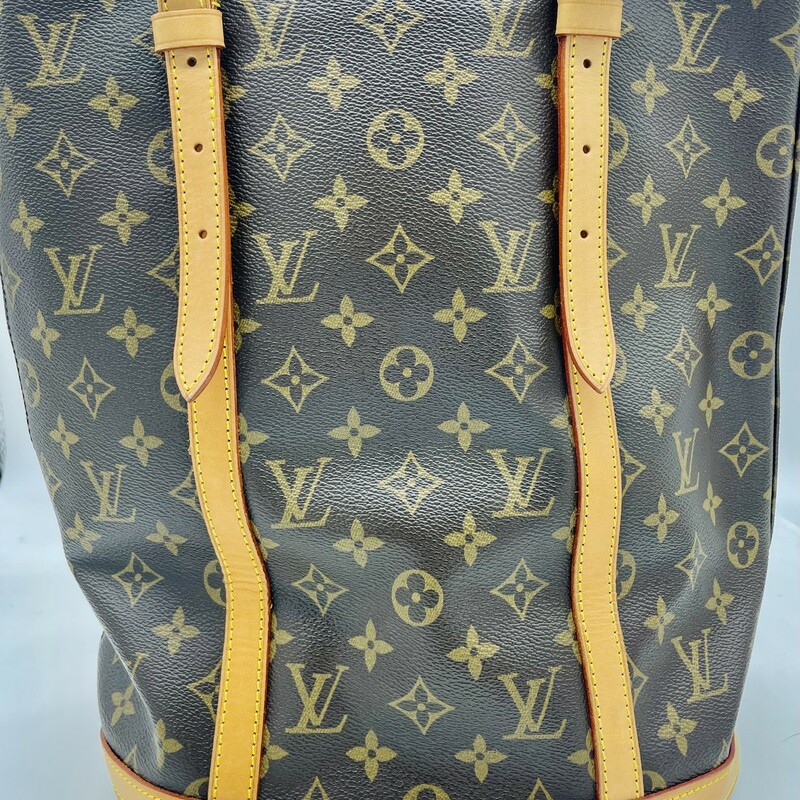 LV Bucket Gm Mono.