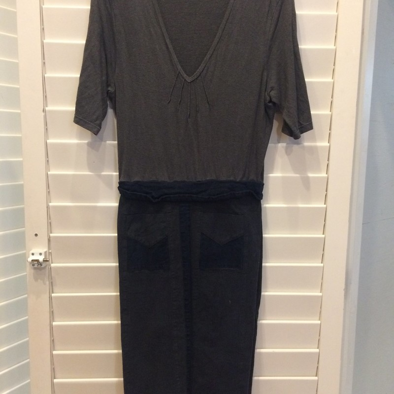 Two-tone charcoal colored dress from Prairie Underground in good condition. Size large