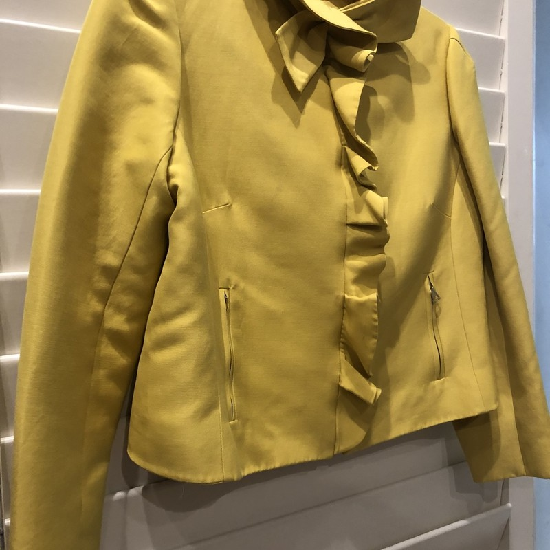 Valentino Silk Ruffle Jac, Yellow, Size: 10<br /> Very good condition but javket is preowned has shows some signs of wear. Retail over $2000. This is well priced! Would fit a size 6-8 well.