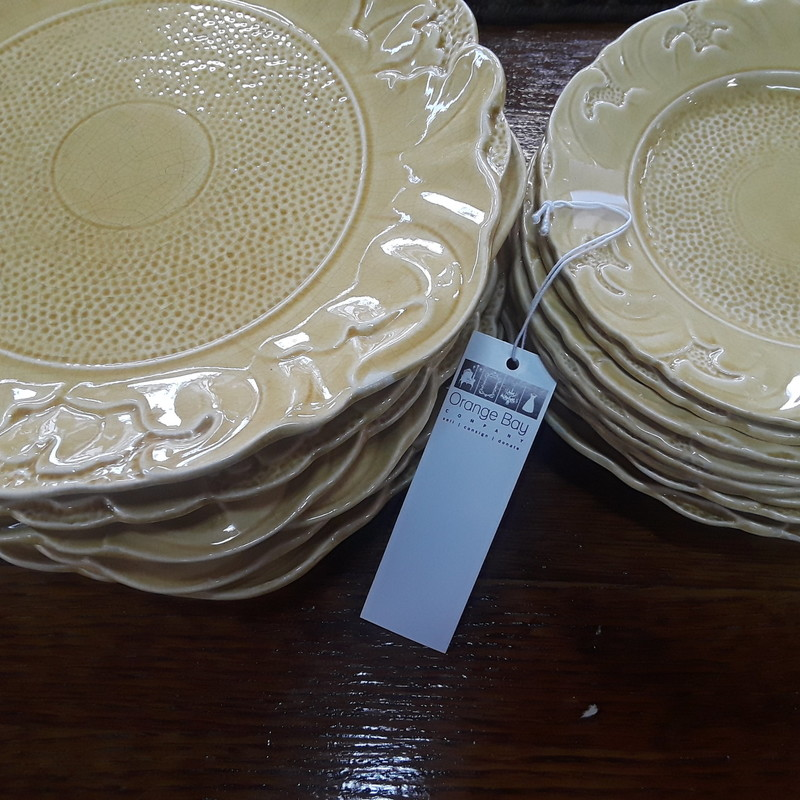 Set Of Flower Plates, None, Size: None