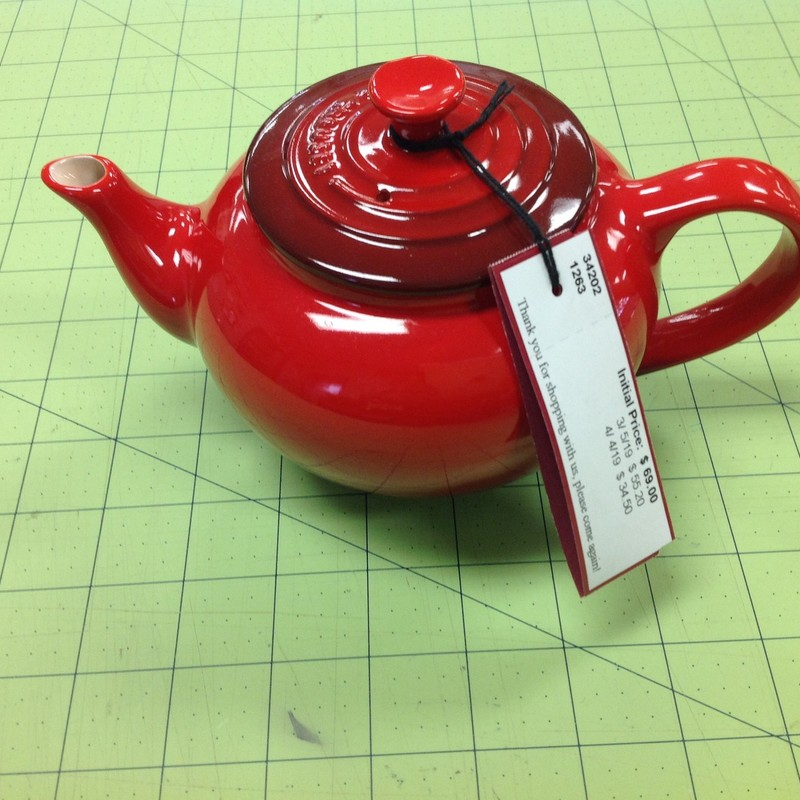 Le Creuset Teapot W/Strai, Red, Size: 5 Inch