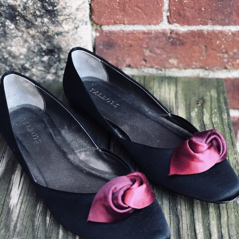 Talbots Rosebud Flats, Black, Size: 8<br /> excellent condition