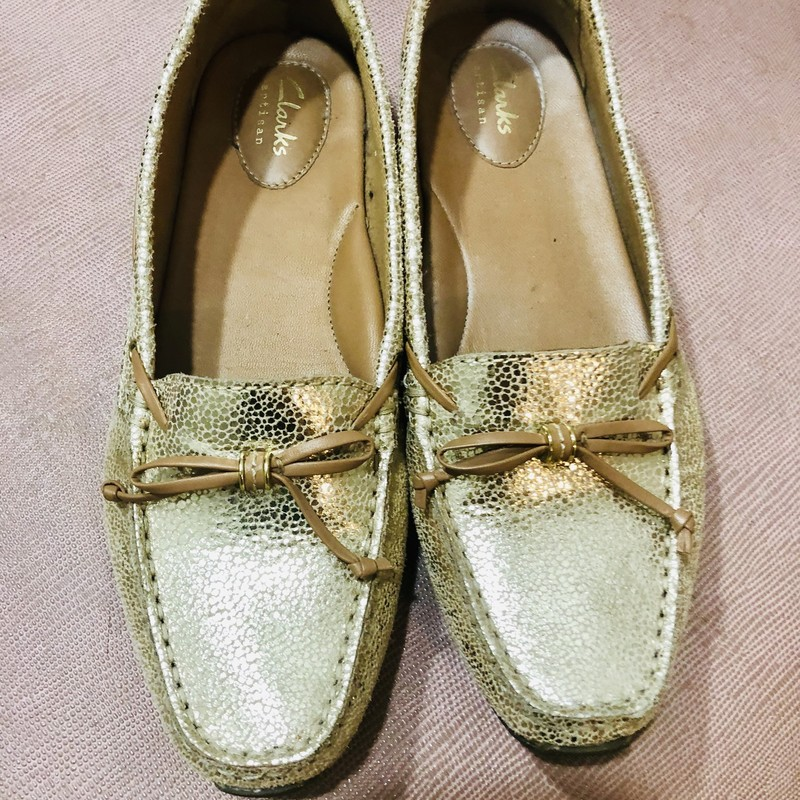 Beautiful Clarks Loafers, Gold, Size: 8
