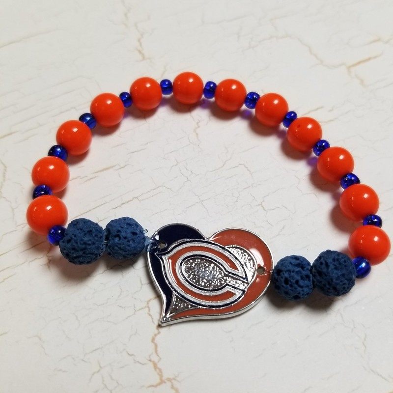 Bears Diffuser Bracelet with glass and diffuser beads for essential oils. Sturdy stretchy band for comfort.