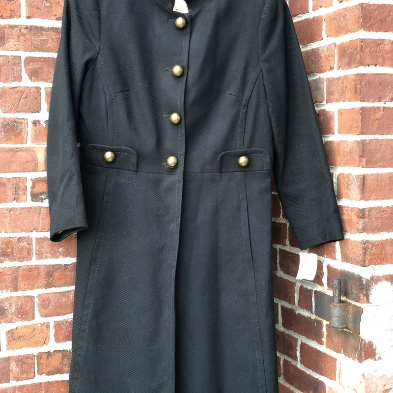 Trina Turk, Black, Size: 8<br /> Button detail. Front Pockets. Lined.