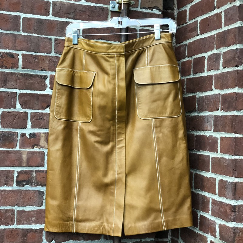 Linda Allard, Tan, Size: 10<br /> Front pockets and front slit. White stitching. Excellent condition.