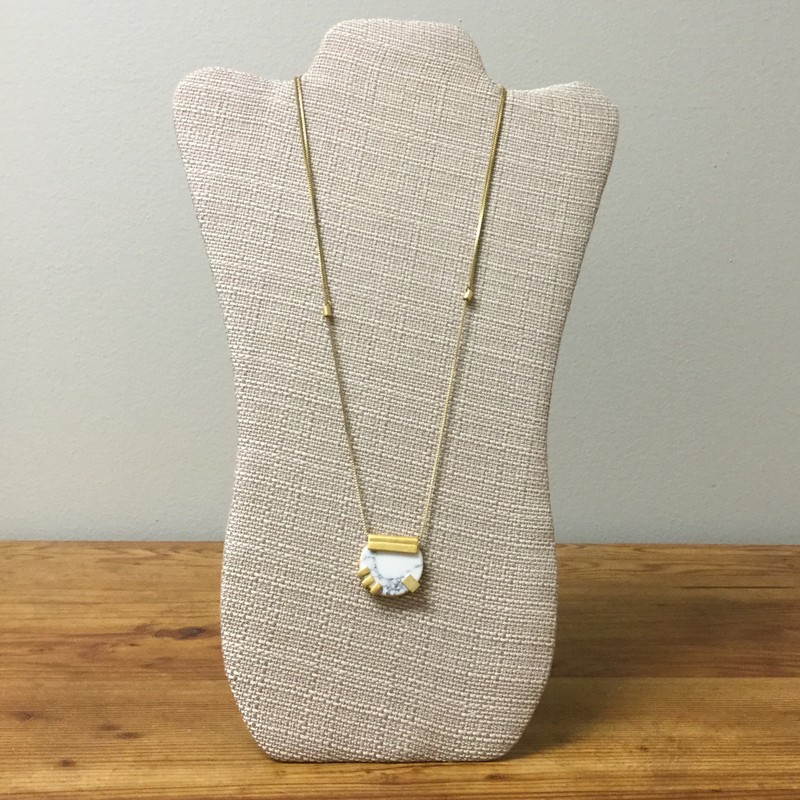 Madewell Buffalo Jade Necklace<br /> Gold/Marble<br /> $25.00