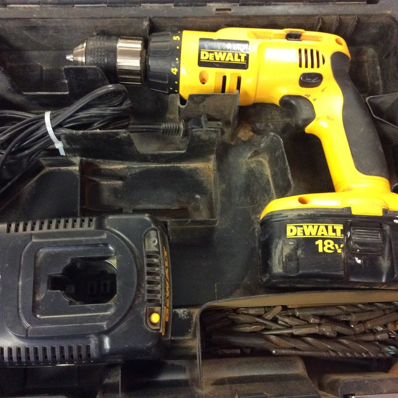 DeWALT DW998 Hammerdrill with 1 Battery & Charger