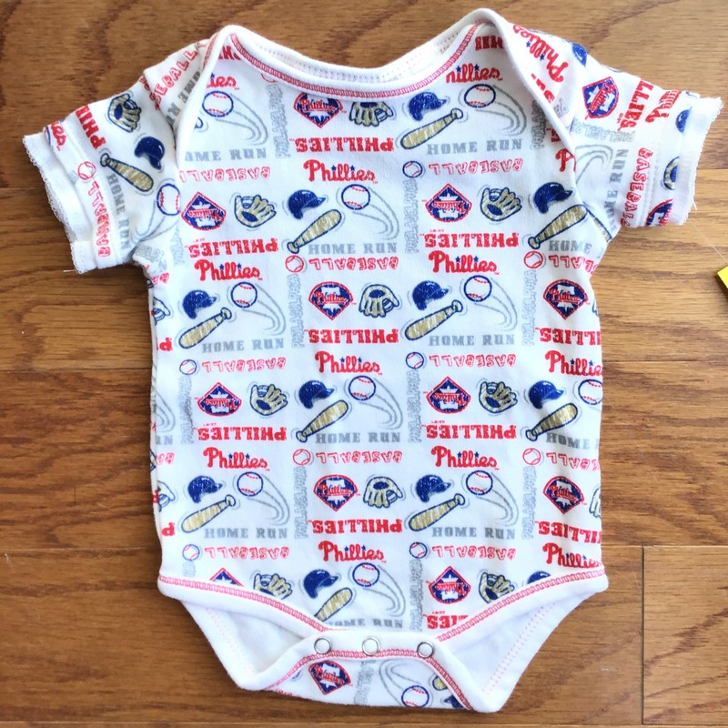 Phillies Onesie, White, Size: 0-3m