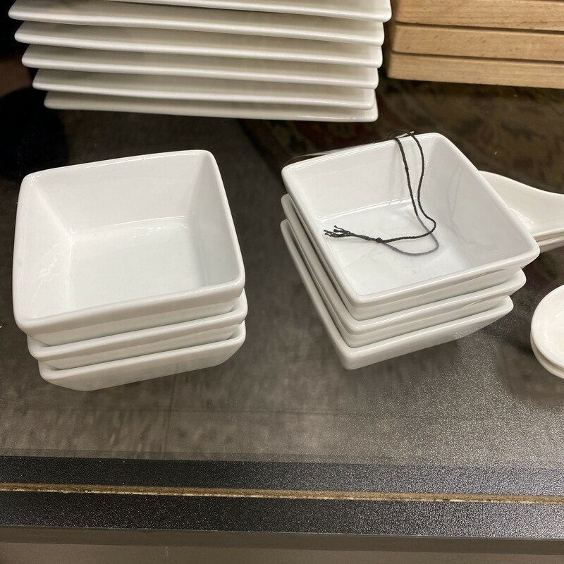 6 Pier One Sauce Dishes.