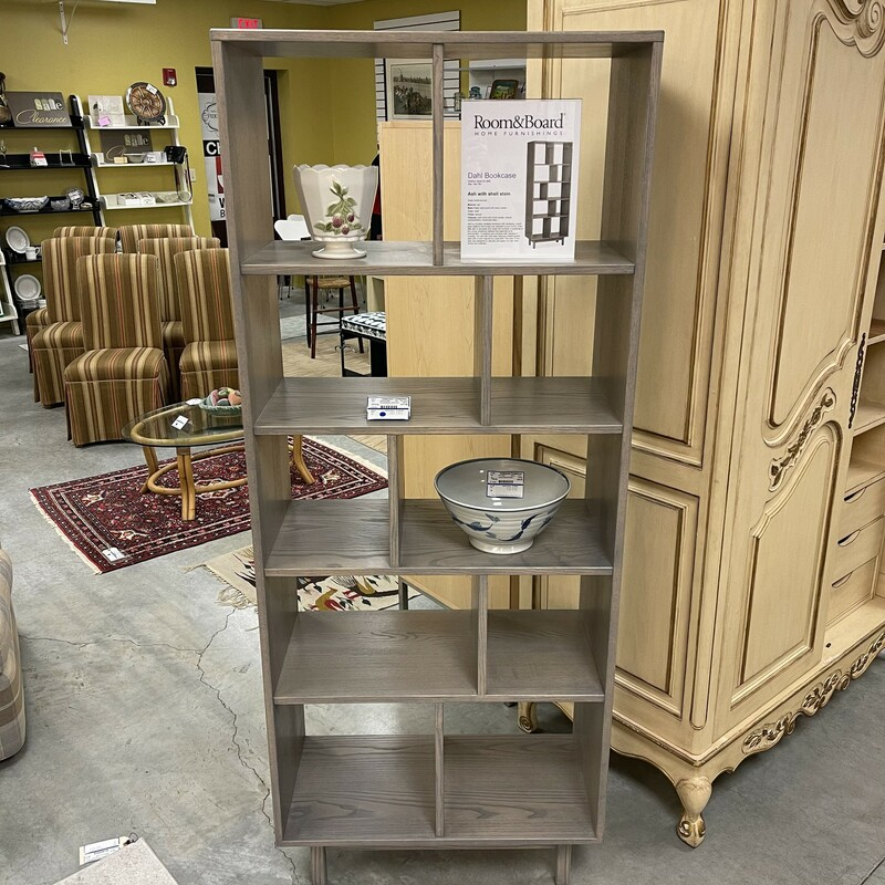 Room & Board Dahl Bookcase, Ash Color. Retails for $1,099!<br /> Size: 30x15x75<br /> <br /> This item is not eligible for shipping - local pickup only.