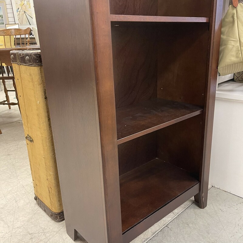 Wood 4 Shelf Bookcase, Espresso Color.<br /> Size: 24x60x14in<br /> <br /> This item is not eligible for shipping - local pickup only.