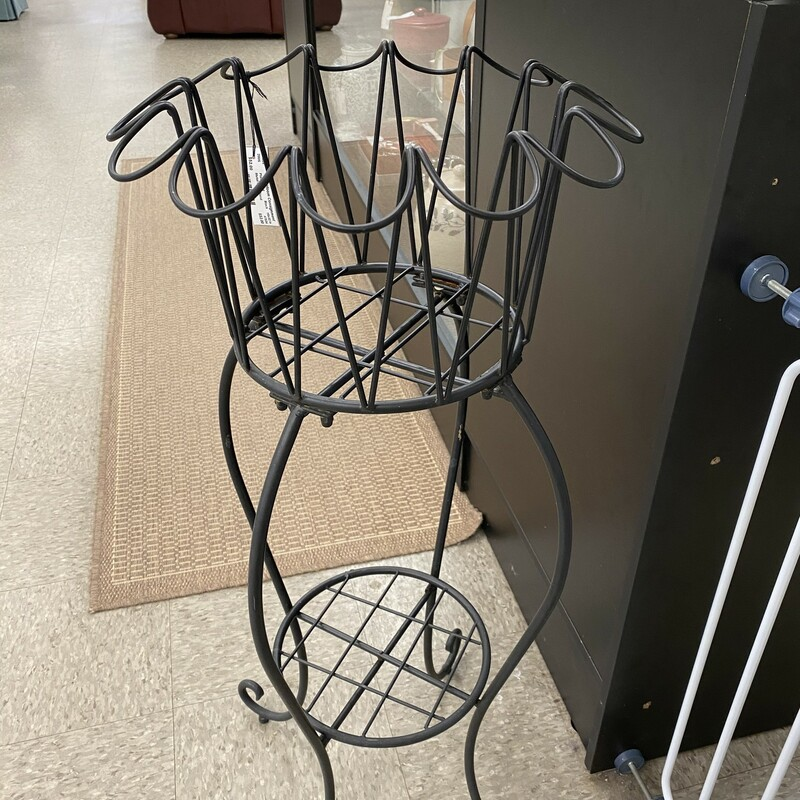 Metal Plant Stand,  1 Bottom Shelf, Black Size: 16x32 inch