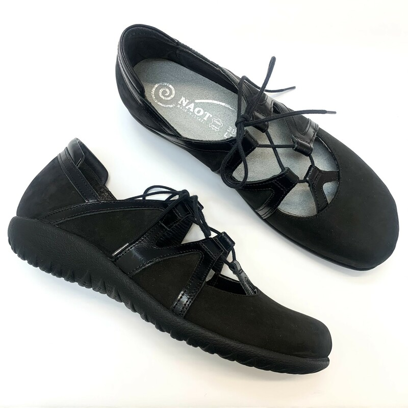 NEW Naot Timu Shoes<br /> A Feminine MaryJane with laces<br /> Black<br /> Size: 7.5