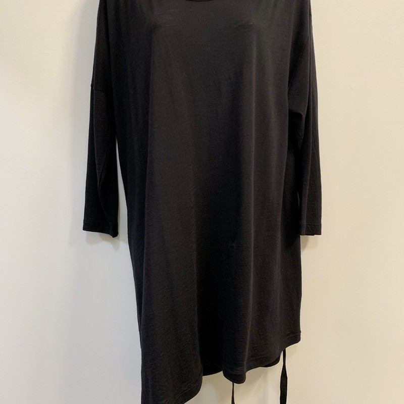 Ann Demeulemeester Tunic<br /> Wool blend<br /> Made in France<br /> Black, Size: S/M