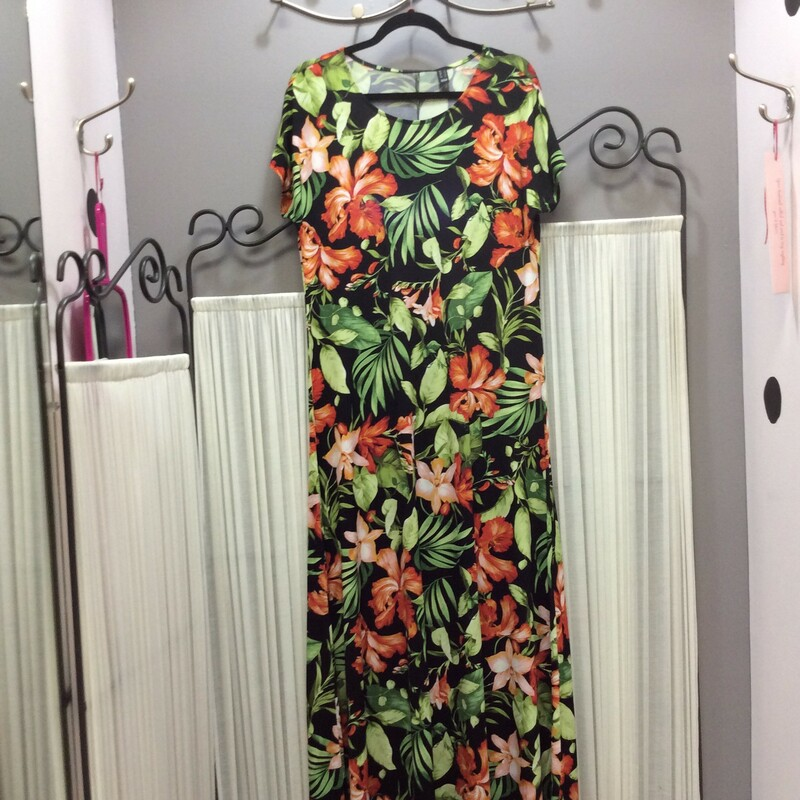 Attitudes Floral Maxi, black with green& red, Size: Fits Xlg