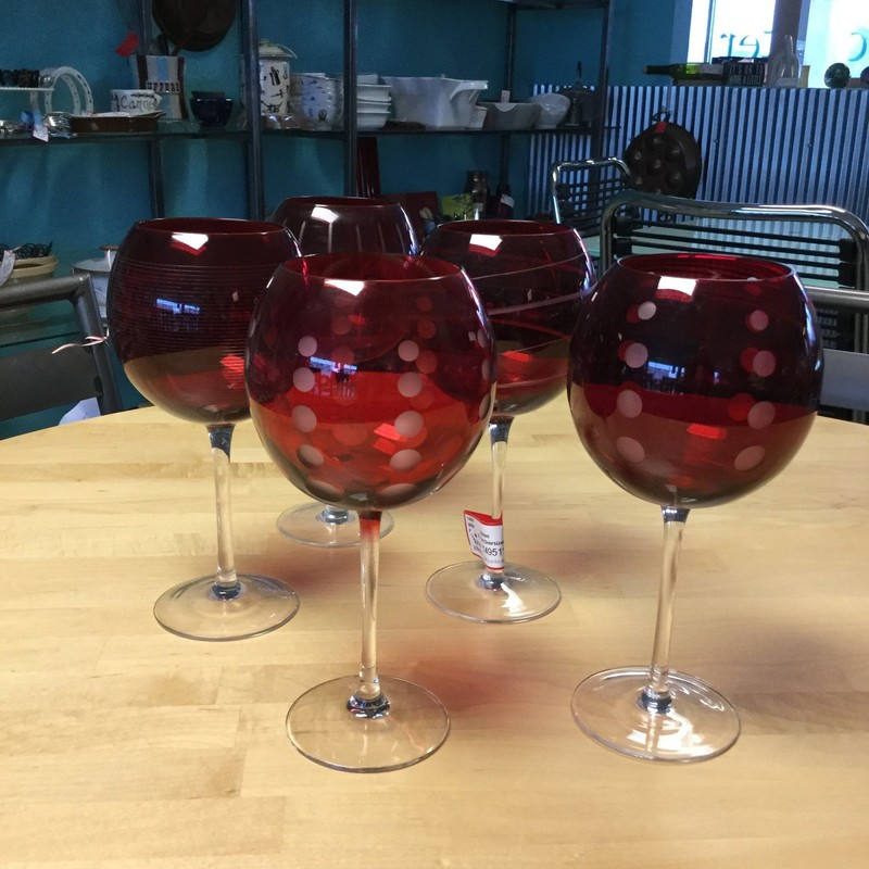 Red Oversized Wineglasses, 5 Pcs, Size: Etched