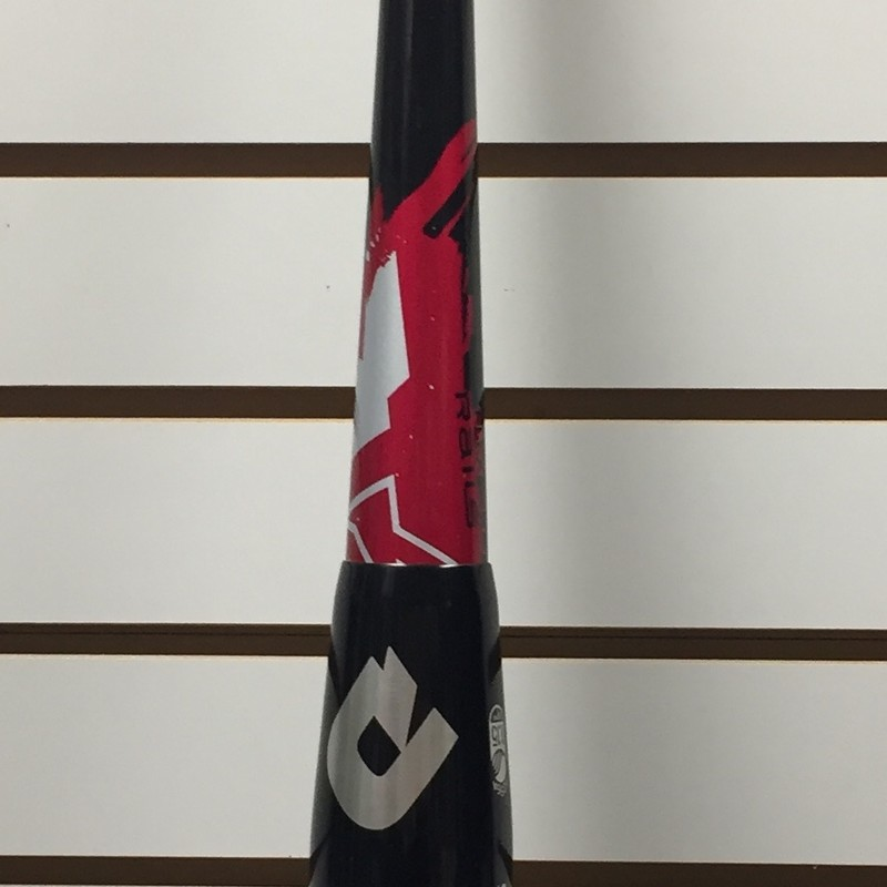 DeMarini Vendetta, AAU, Size: 31&quot; 19oz<br /> NOT USA BASEBALL CERTIFIED