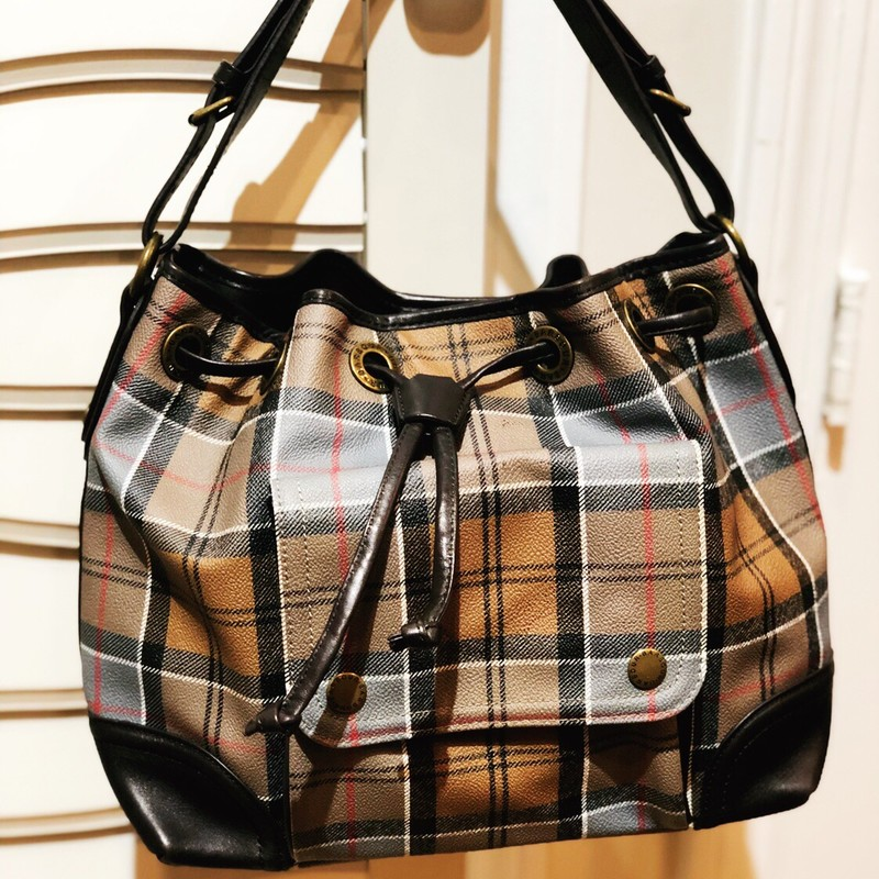 Barbour Bucket Bag, Plaid, Size: Medium<br /> excellent condition