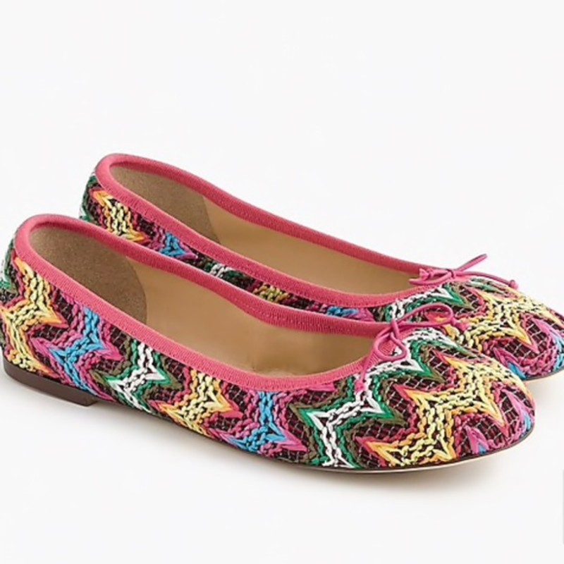 J. Crew Evie Ballet Flats Zig Zag, Raffia, Size: 9<br /> <br /> &quot;Classic flats are the foundation of any shoe closet, but they don&#039;t have to be boring. Proof: this zigzag printed raffia pair. Our super-versatile Evies are lightweight and more comfortable than ever, so they&#039;re everyday wearable and easily packable.<br /> <br />     Raffia upper.&quot;<br /> <br /> Photo and description credits: jcrew.com