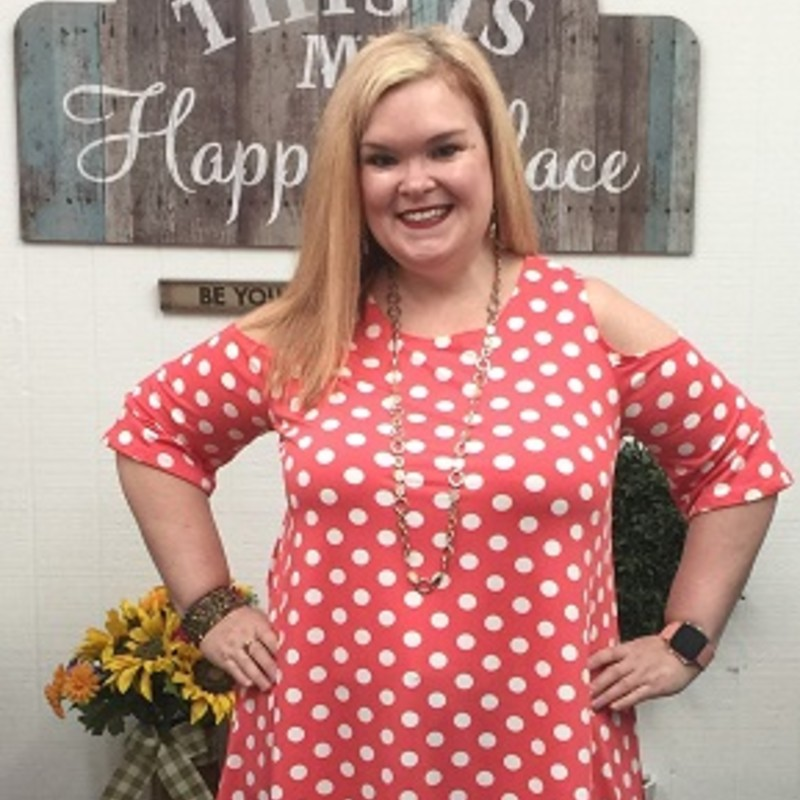 Tonya looks gorgeous in our Cold Shoulder Polka Dot Tunic, you will never see anything like this girls! The material is made of 95% Polyester and 5% Spandex you can wear it to any occasion and it has a length of 31.5 in.