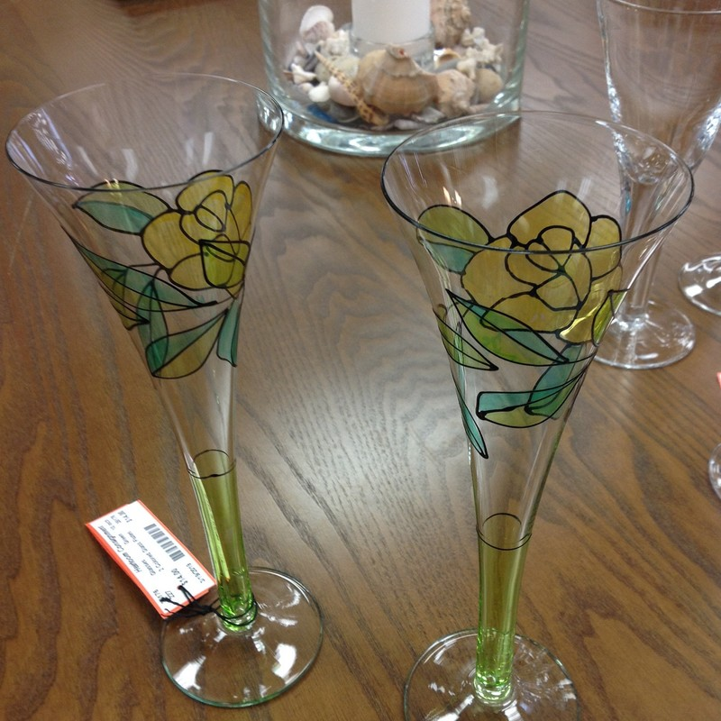 2 Colored Glass Flutes, Green, Size: 10 Inch