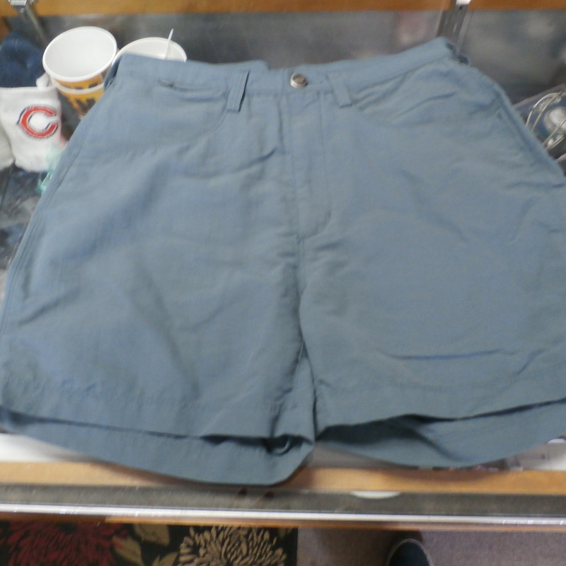 "The North Face gray shorts size 8 100% nylon #31430<br /> Rating: (see below) 2- Great Condition<br /> Team: n/a<br /> Player: n/a<br /> Brand: The North Face<br /> Size: Women's 8- (Measured Flat: Across waist 15""; Length 14"" inseam 4"")<br /> Color: gray<br /> Style: zipper and button closure; pockets<br /> Material: 100% nylon<br /> Condition: 2- Great Condition: gently used (see photos)<br /> Item #: 31430<br /> Shipping: FREE"