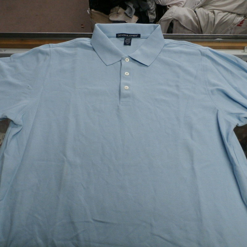 "Men's North Carolina Tar Heals Polo shirt By Devon & Jones size L blue #27942<br /> Rating: (see below) 3- Good Condition<br /> Team:  North Carolina Tar Heals<br /> Player:Team<br /> Brand: Devon & Jones<br /> Size: Men's Large- (Measured Flat: Across chest 22""; Length 28"")<br /> Measured Flat: underarm to underarm; top of shoulder to bottom hem<br /> Color: blue<br /> Style:   short sleeve; Polo 1/4 button up; embroidered<br /> Material:  100% cotton<br /> Condition: 3- Good Condition: wrinkled; minor pilling and fuzz; minor discoloration;<br /> Item #: 27942<br /> Shipping: FREE"