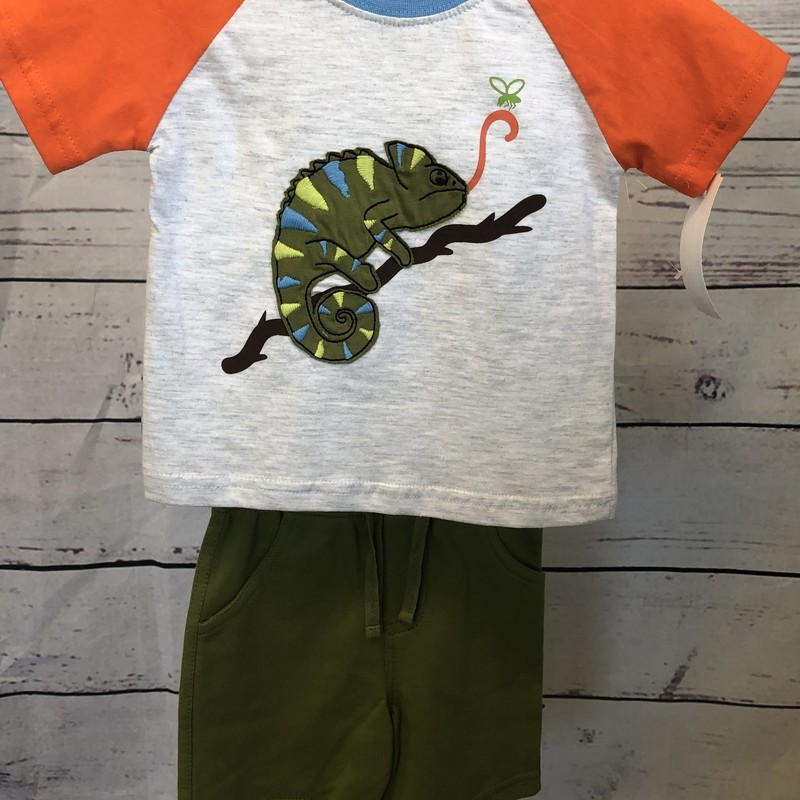 NEW Minibamba 2 piece outfit.  Short sleeve shirt with matching shorts.  The lizzard on the shirt is adorable!