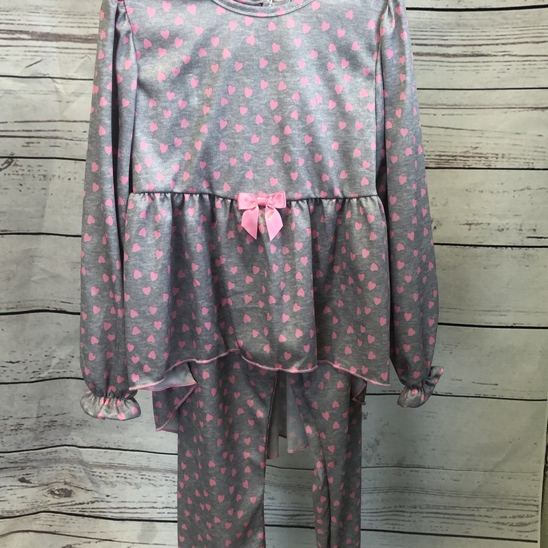 NEW Laura Dare 2 piece pajama set.  The top is long sleeves and the pants are full length.