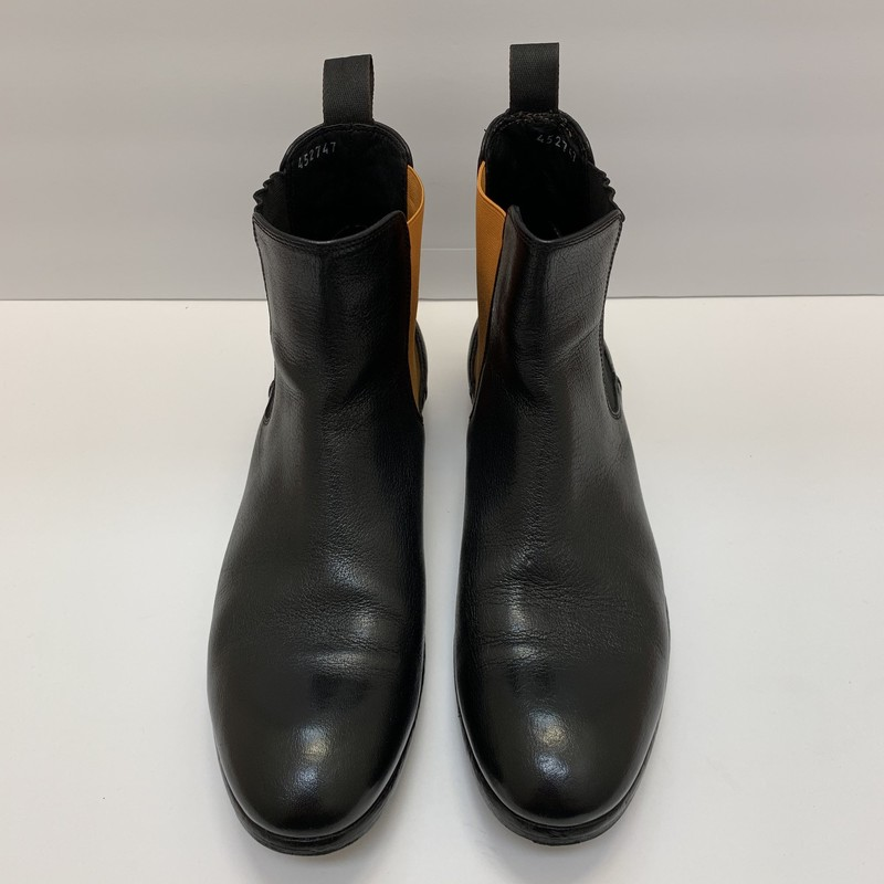 Paul Smith<br /> Otter Chelsea Boots<br /> Black Buffalo leather<br /> Size: 9