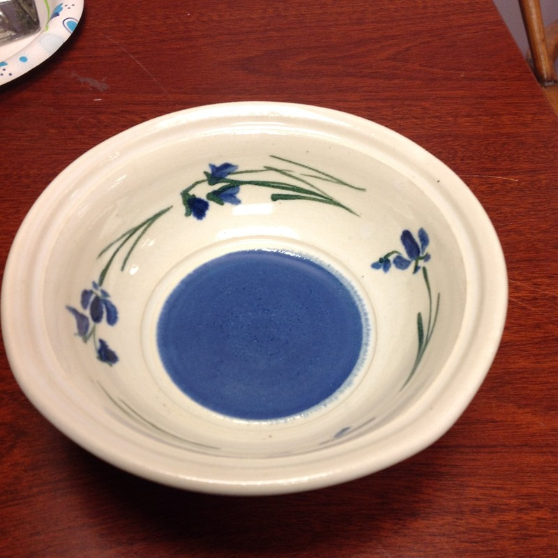 Pottery Bowl With Iris, Blue/Wht, Size: 6 Inch