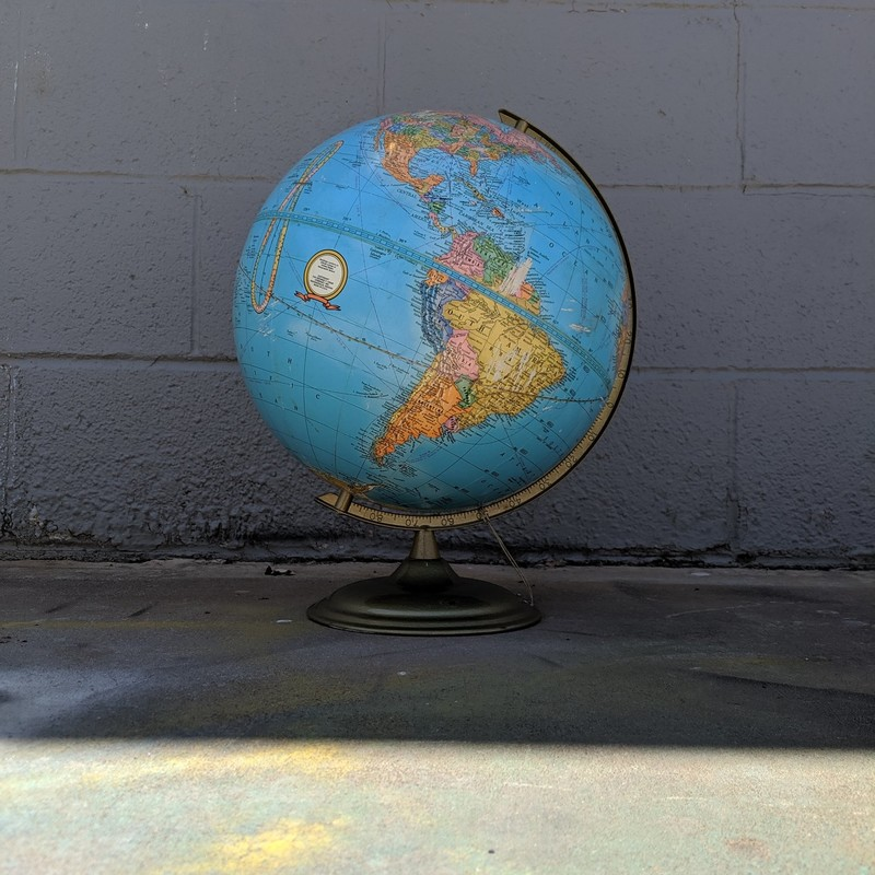 "Globe Metal Base AS-IS (some scratches on globe)<br /> 12"" Tall"
