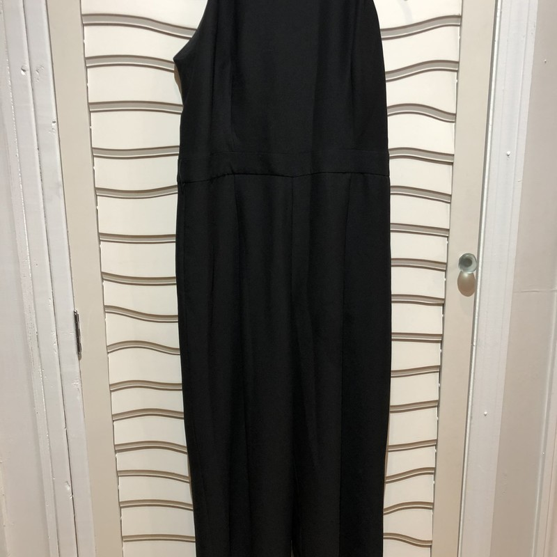 Banana Republic Jumpsuit, Black, Size: 12<br /> Has beslt loops for you to add your own belt. There is no belt included