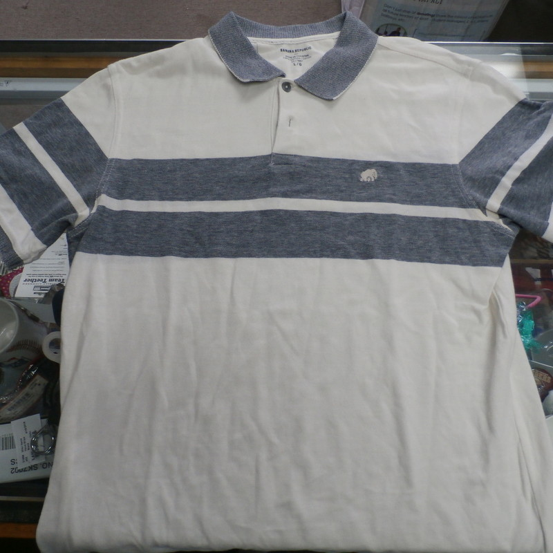 "Banana Republic Men's Polo shirt size large white & blue cotton #27930<br /> Rating:   (see below) 3- Good Condition<br /> Team:  N/A<br /> Player: N/A<br /> Brand:  Banana Republic<br /> Size: Men's   Large  (Measured Flat: across chest 19"", length 30"")<br /> Measured flat: armpit to armpit; top of shoulder to the bottom hem<br /> Color:  white & blue<br /> Style: ; short sleeve; embroidered; polo<br /> Material:  100% cotton<br /> Condition: - 3- Good Condition - wrinkled; minor pilling and fuzz; minor stretching;<br /> Item #: 27930<br /> Shipping: FREE"