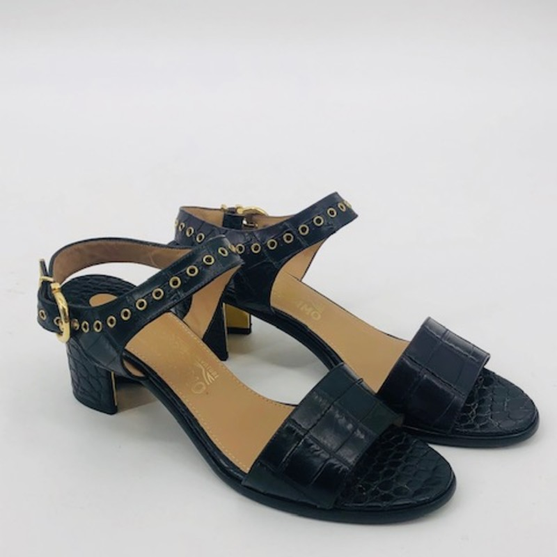 Salvatore Ferragamo black embossed chunky heel sandals<br /> size 9