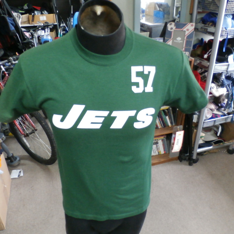 "New York Jets Bart Scott #57 Reebok shirt green size Medium 100% cotton #891<br /> Rating: (see below) 3- Good Condition<br /> Team: Jets<br /> Player: Bart Scott<br /> Brand: Reebok<br /> Size: Men's Medium- (Measured Flat: Across chest 18""; Length 23"")<br /> Measured Flat: underarm to underarm; top of shoulder to bottom hem<br /> Color: green<br /> Style: short sleeve; screen printed<br /> Material: 100% cotton<br /> Condition: 3- Good Condition: minor wear from use; sun faded across shoulders and down sleeves; original tag attached (see photos)<br /> Item #: 891<br /> Shipping: FREE"