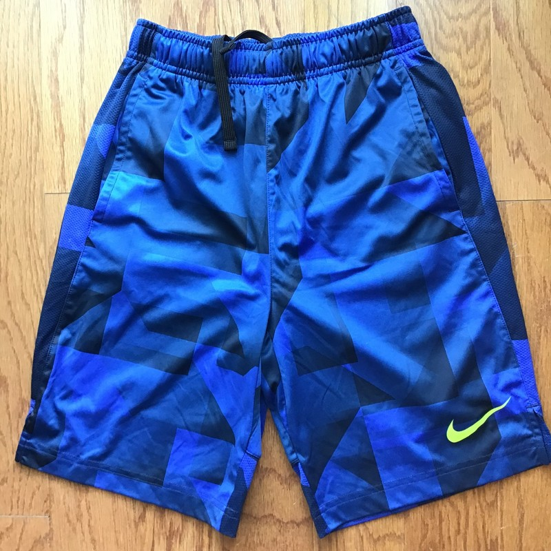 Nike Short, Blue, Size: Large<br /> <br /> <br /> <br /> ALL ONLINE SALES ARE FINAL. NO RETURNS OR EXCHANGES.