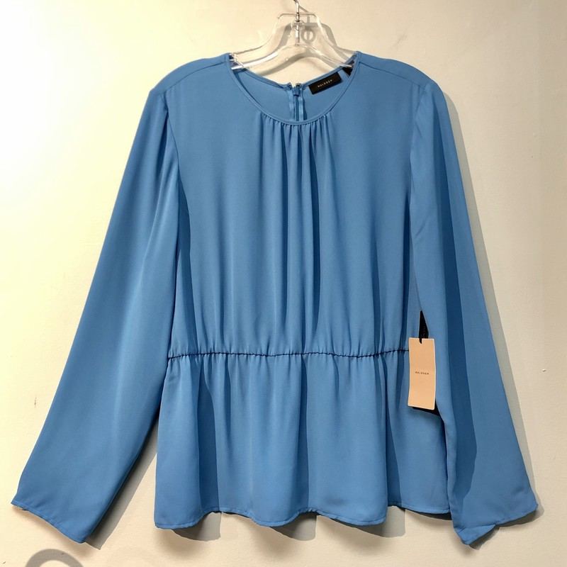 Hallogen Top<br /> Color: Blue<br /> Size: Large<br /> See photos for material & care information
