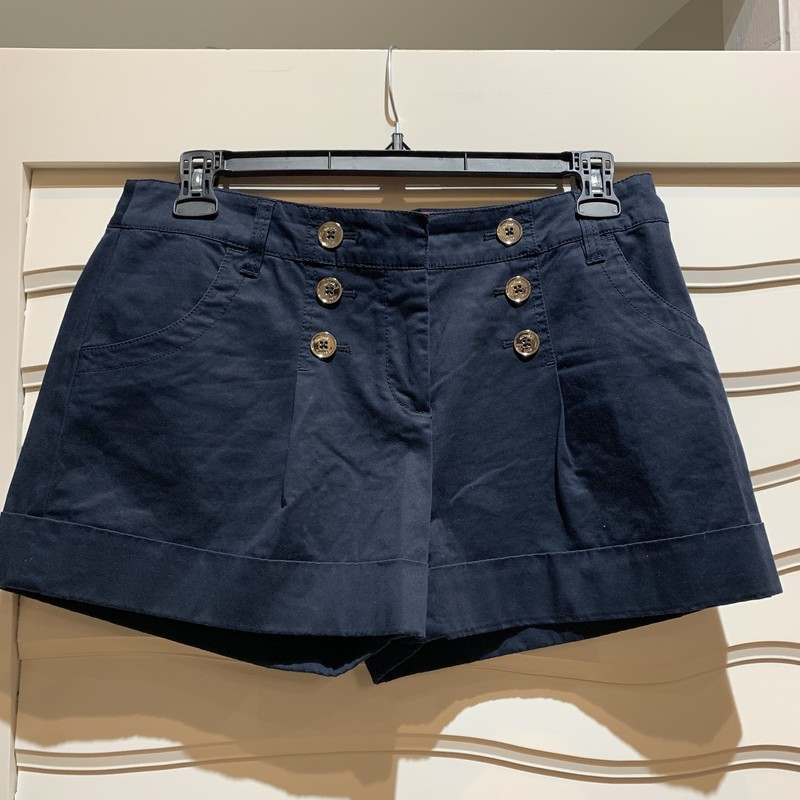 Michael Kors shorts, size 10. Sailor style buttons on the front of the shorts add a cute summery touch.