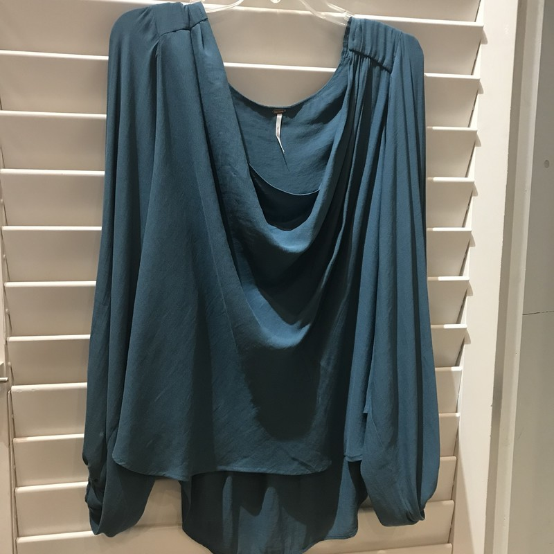 Free People, Teal top in  Hi-Lo design.  Cowl neck. Full sleeves cinched at wrists with elastic . Size: L