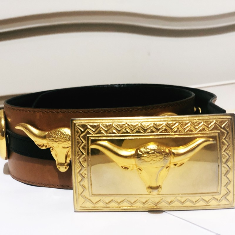 "Escada Collectible Belt, Brown, Size: Small<br /> Highly collectible Vintage Mint condition leather belt with brass embellishments. fits a size small. says size 36, measurements to the last btton hole is 31""."