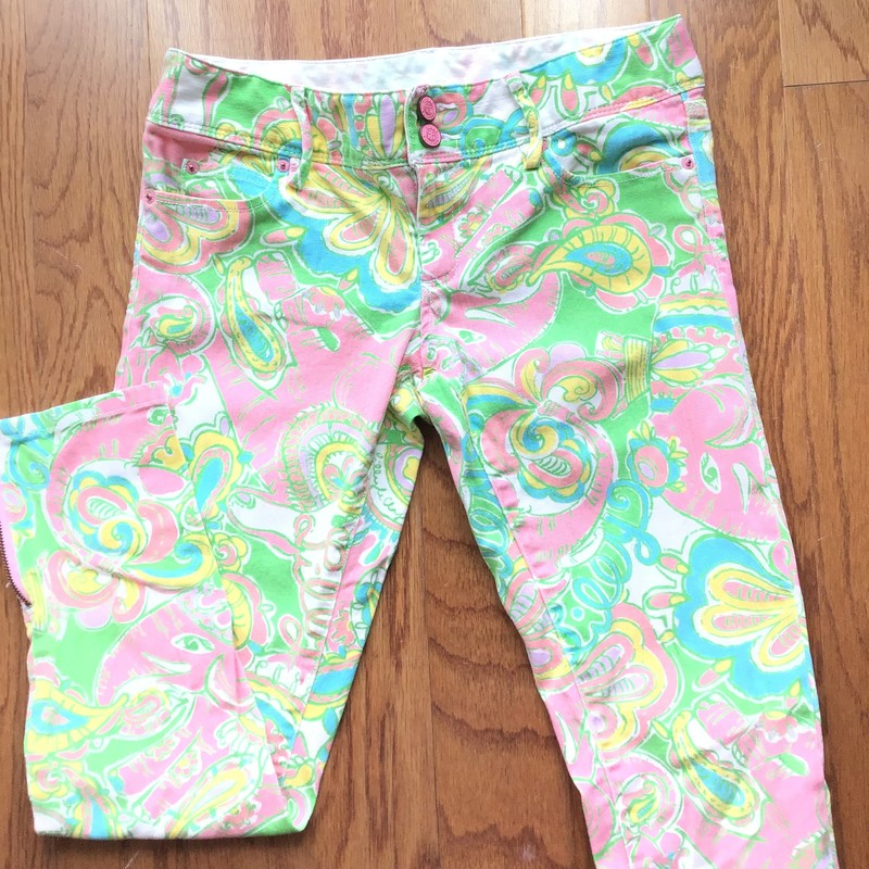 Lilly Pulitzer Pant, Multi, Size: 2<br /> <br /> WOMENS SIZE<br /> <br /> ALL ONLINE SALES ARE FINAL. NO RETURNS OR EXCHANGES.