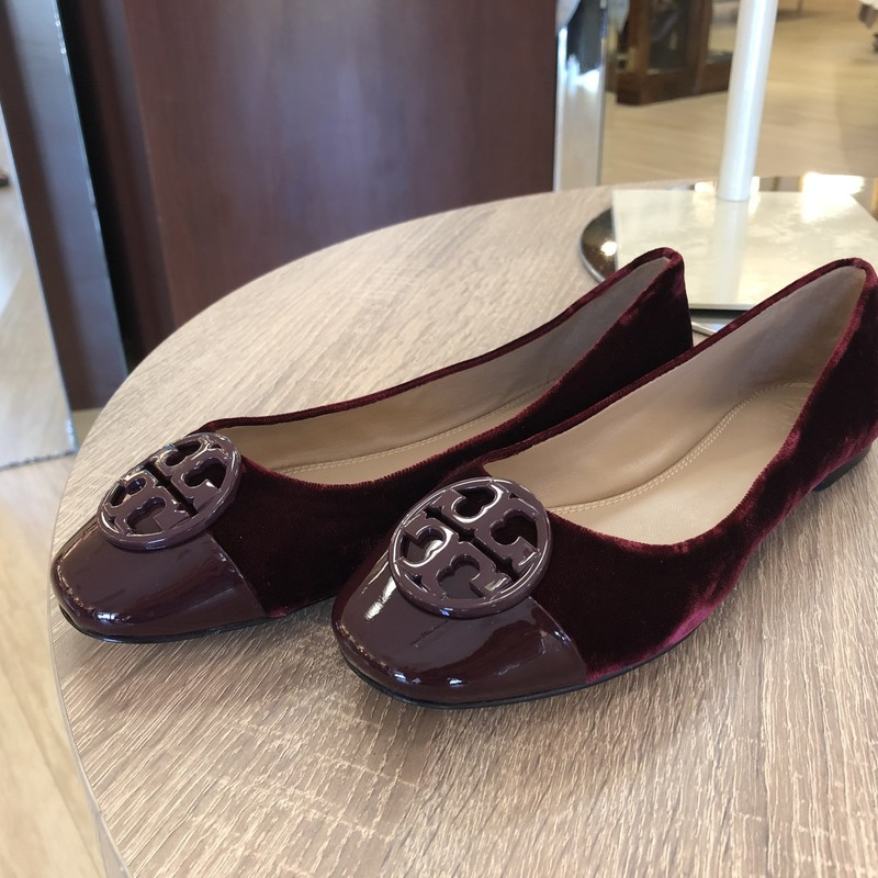 * SALE *<br /> <br /> Tory Burch burgundy cap toe flats<br /> Chelsea style, patent toe<br /> <br /> size 6<br /> NWB