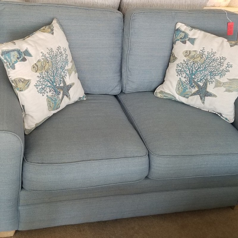 BLUE LOVE SEAT, None, Size: None