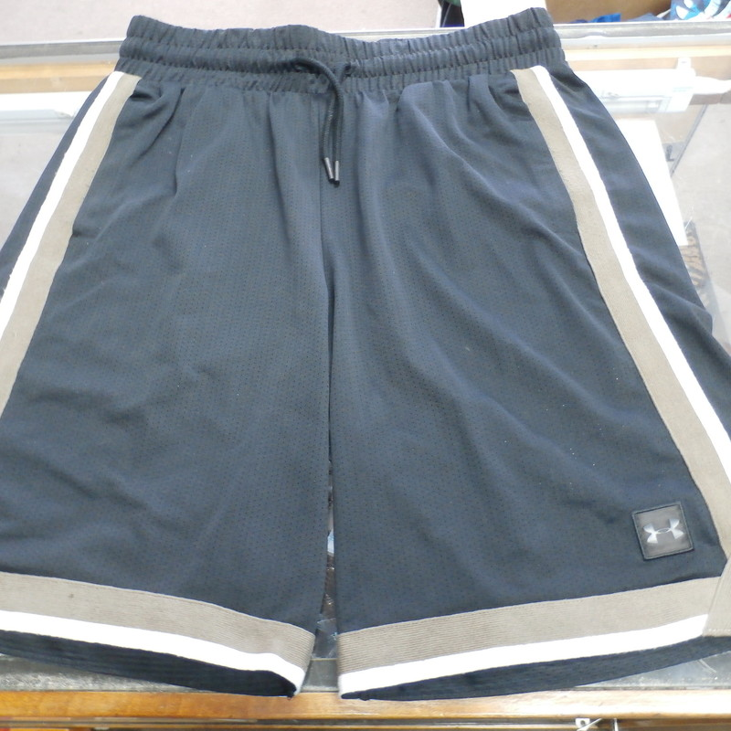 "Under Armour Men's Shorts black size Large #33432<br /> Rating:   (see below) 3- Good Condition<br /> Team: N/A<br /> Player: N/A<br /> Brand: Under Armour<br /> Size: Men's   Large (Measured Flat: across waist 15"", length 22"" Inseam 10"" )<br /> Measured flat: hip to hip; hip to hem; and groin to hem<br /> Color: Black<br /> Style: elastic waist; embroidered; has pockets; shorts;<br /> Material:  Missing<br /> Condition: - 3- Good Condition - wrinkled; pilling and fuzz; some stretching from use; some discoloration;<br /> Item #: 33432<br /> Shipping: FREE"