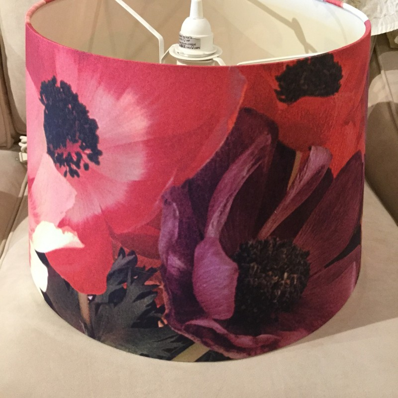Hanging Floral Light<br /> Pink/ Red