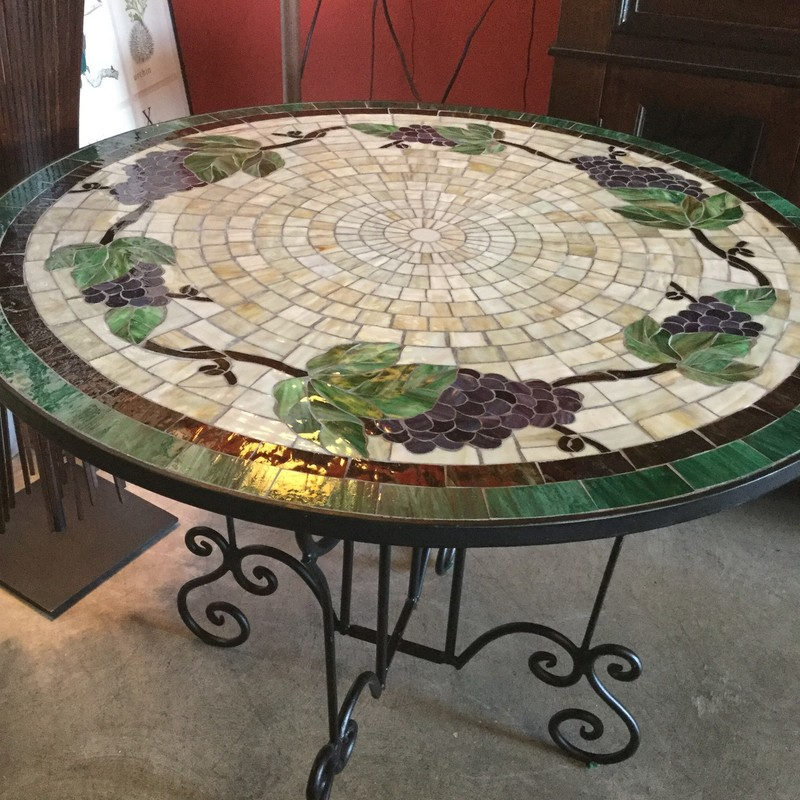 Mosaic Top Bistro Table, Grapes, Size: 36""