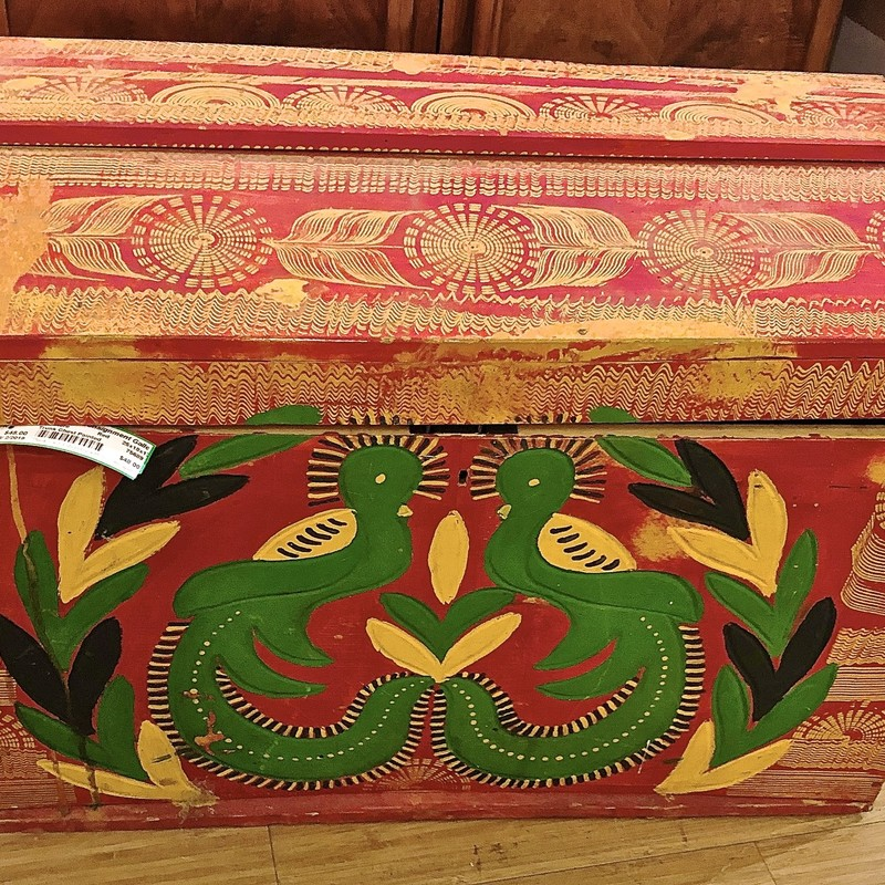 Trunk Chest Painted, Red, Size: 25x18x17